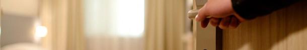 ¿Se considera enfermedad profesional el síndrome del túnel carpiano que padecen las camareras de piso de los hoteles?